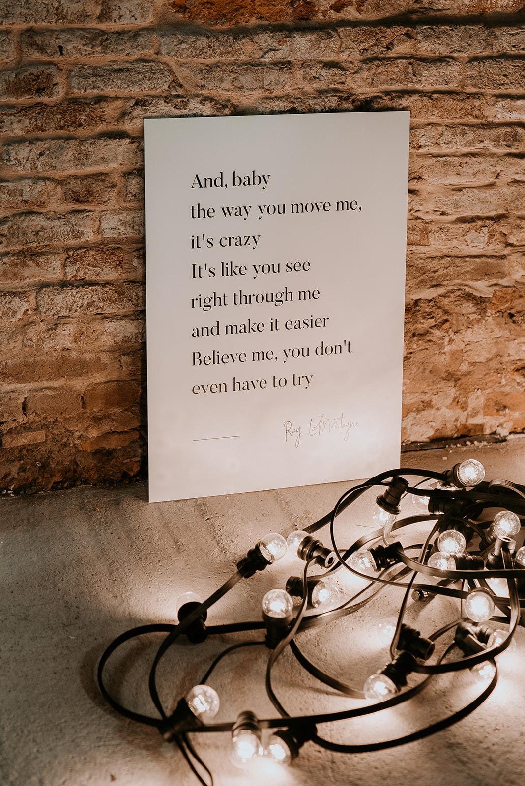 Welkomstbord grafisch ontwerp typografie quote ceremonie