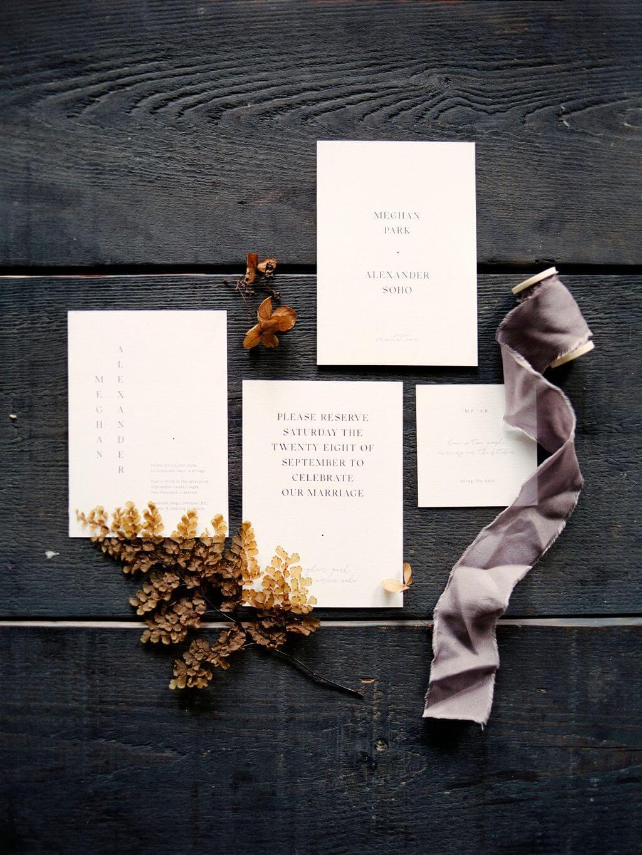 Huwelijksdrukwerk trouwuitnodiging grafisch ontwerp op maat